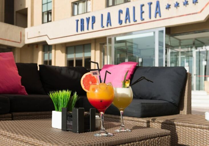 TRYP La Caleta