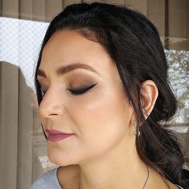 Debora Hottum Beleza e Makeup