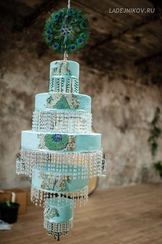 Торт-люстра на тематическую свадьбу