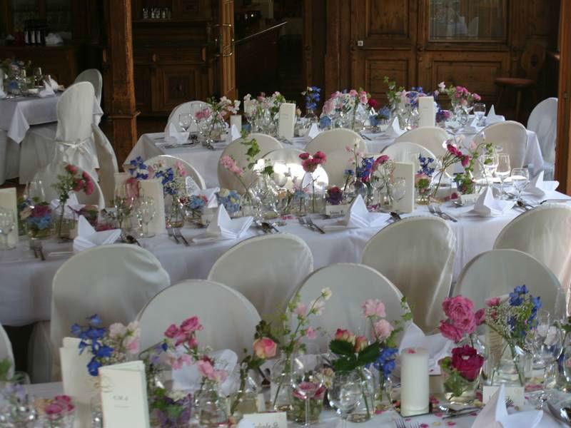 Beispiel: Hochzeitsgedecke, Foto: Restaurant Landgasthof Bogner.