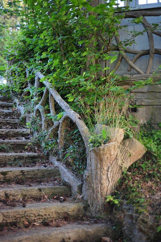 Le travail des Rocailleurs avec balustrades et marches en faux bois