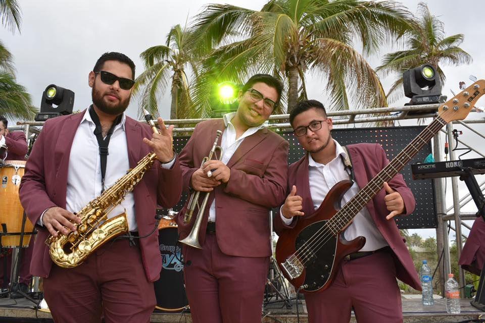 Grupo PlayAzul