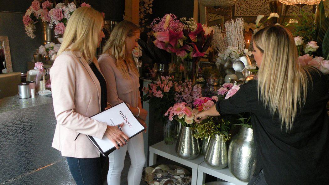 Begleitung der Braut zur Floristin