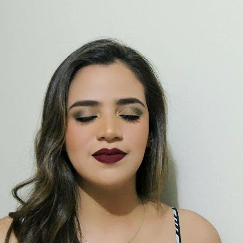 Semil's makeup