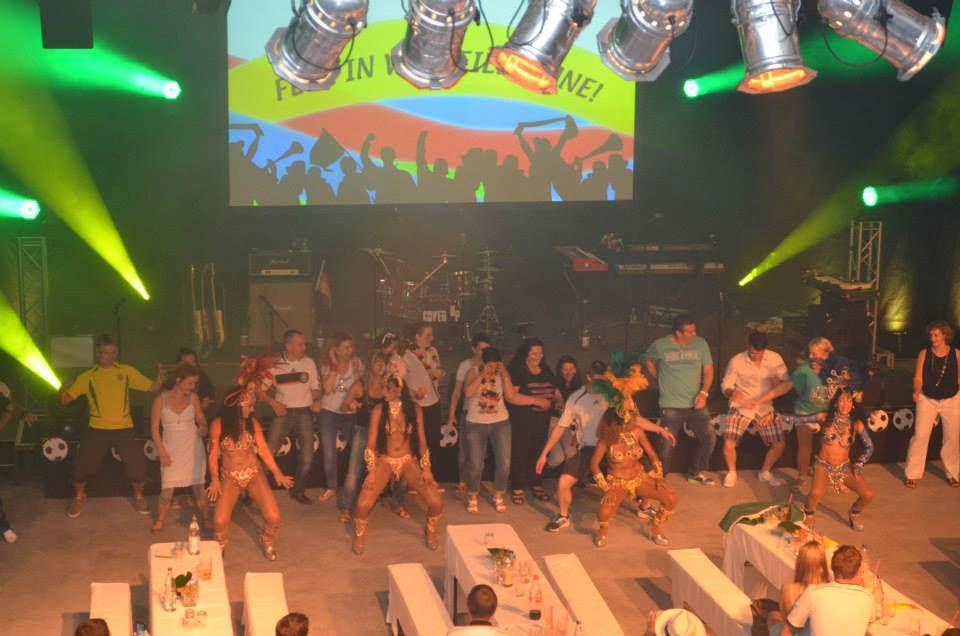 Beispiel:Show, Foto: Brazuca Samba.