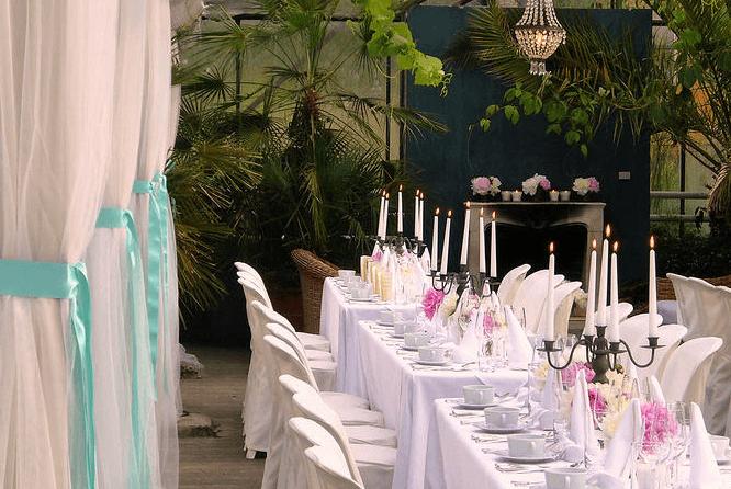Beispiel: Hochzeitstafel, Foto: Die Alte Gärtnerei.