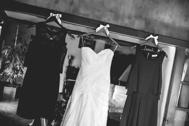 Cintre Nitouche - cintre personnalisé pour robe de mariée et cadeau témoin de mariage