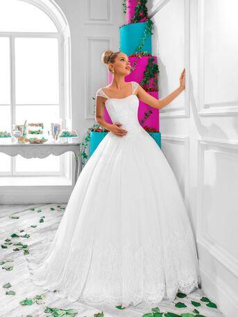 Нежное,классическое свадебное платье А-силуэта с женственными лямками от Helen Miller