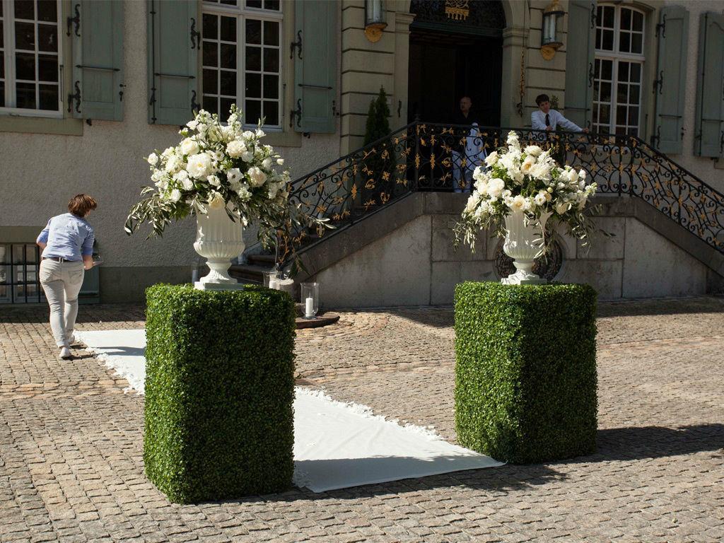Beispiel: Blumenschmuck als Dekoration, Foto: Gammacatering.