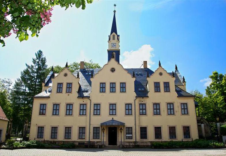 Beispiel: Außenansicht, Foto: Schloss Burgk.