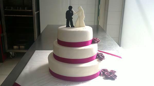 Beispiel: Individuelle Torten für Ihre Hochzeit, Foto: Konditorei Rainberg.
