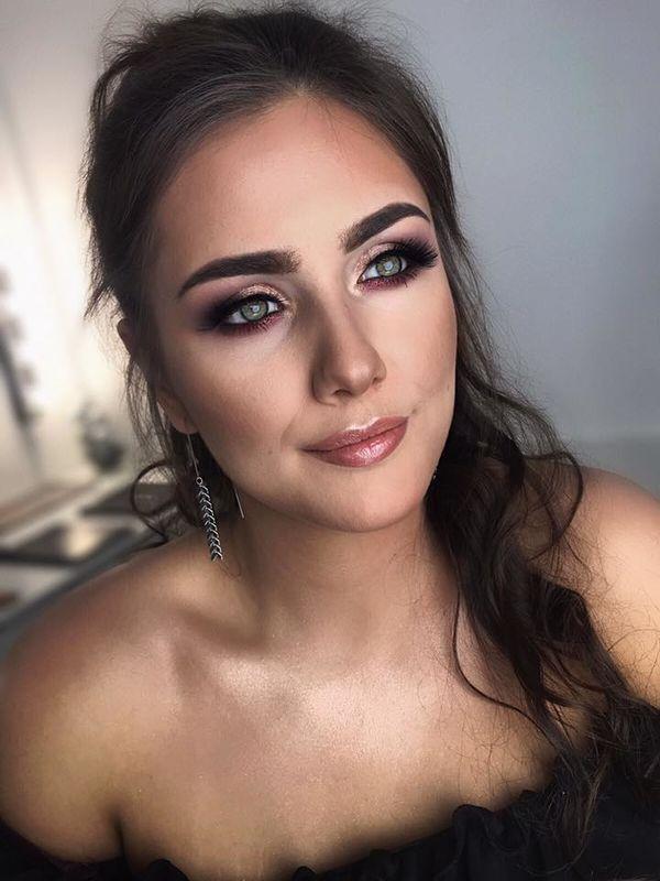 Izabela Gałek Makeup Artist, Instruktor Elleebana Brow Henna Tor