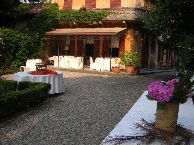 Il cortile - Villa Nessi
