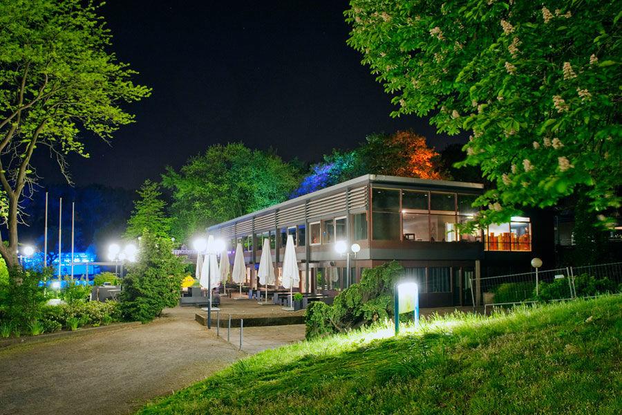 Seepavillon Schürmanns im Park