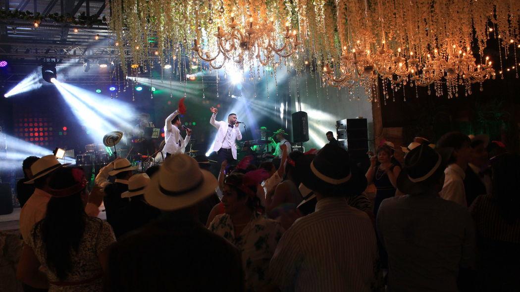 Grupo Mozambique - violín Show & Rumba - Bogotá