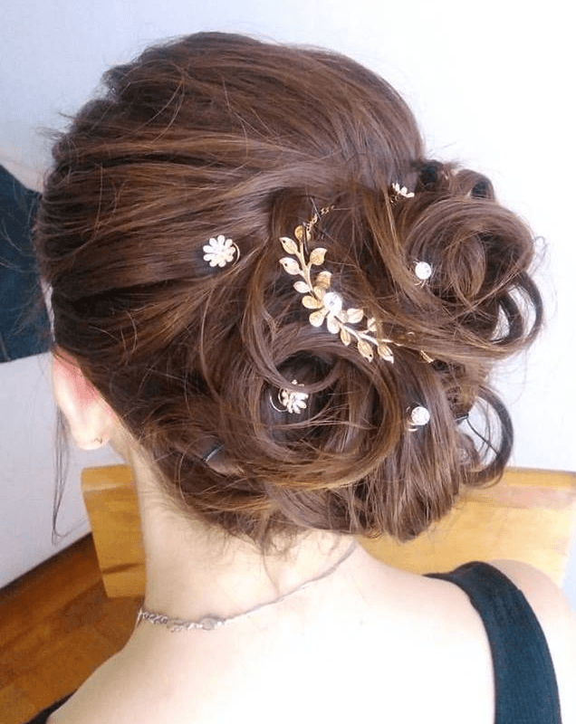 Connie Zchmidt Make up & Hair