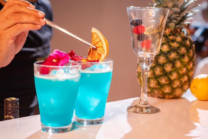 Rubious Barra Movil Drinks