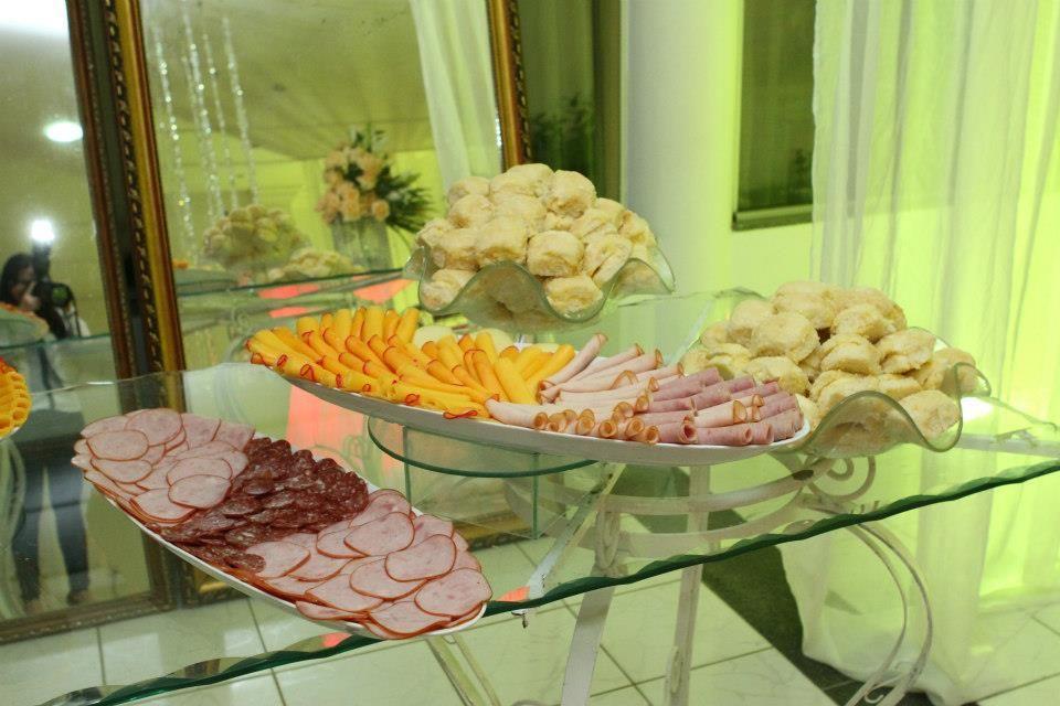 Buffet Lilás