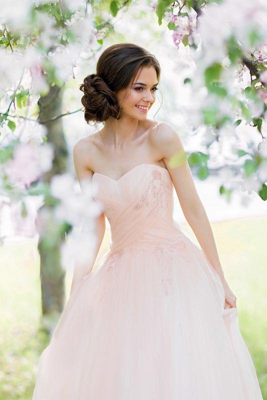 Дизайнерские платья Александры Альяновой