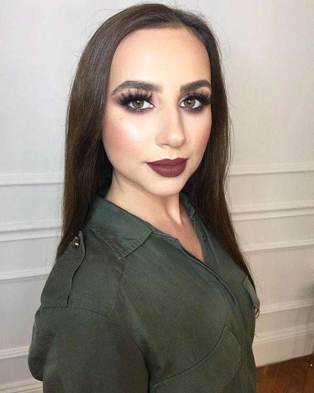 Kolorowe Kredki Makeup Studio