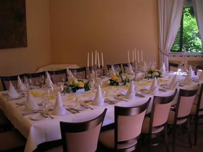 Beispiel: Festtagstafel, Foto: Hutter im Schloss.