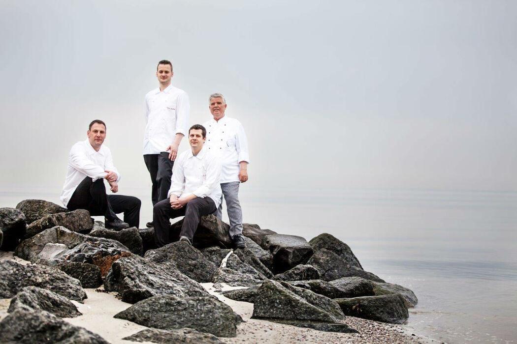 Beispiel: Küchenchef Markus Gerlach und sein Team, Foto: Hotel Seehof Sierksdorf.
