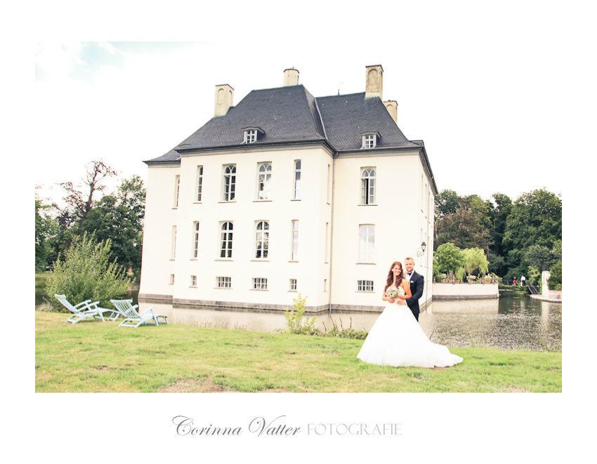 Schloss-Gartrop-Hünxe-Hochzeitsfotografie Foto: Corinna Vatter wedding photography