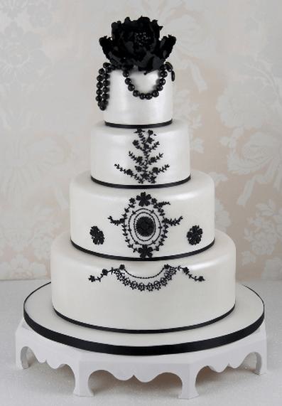 Maya Hansen Wedding Cake