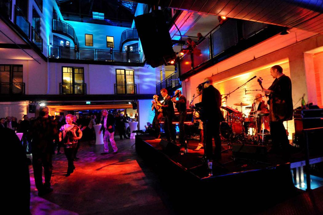 Beispiel: Abendveranstaltung im Gastwerk Hotel, Foto: Gastwerk Hotel.