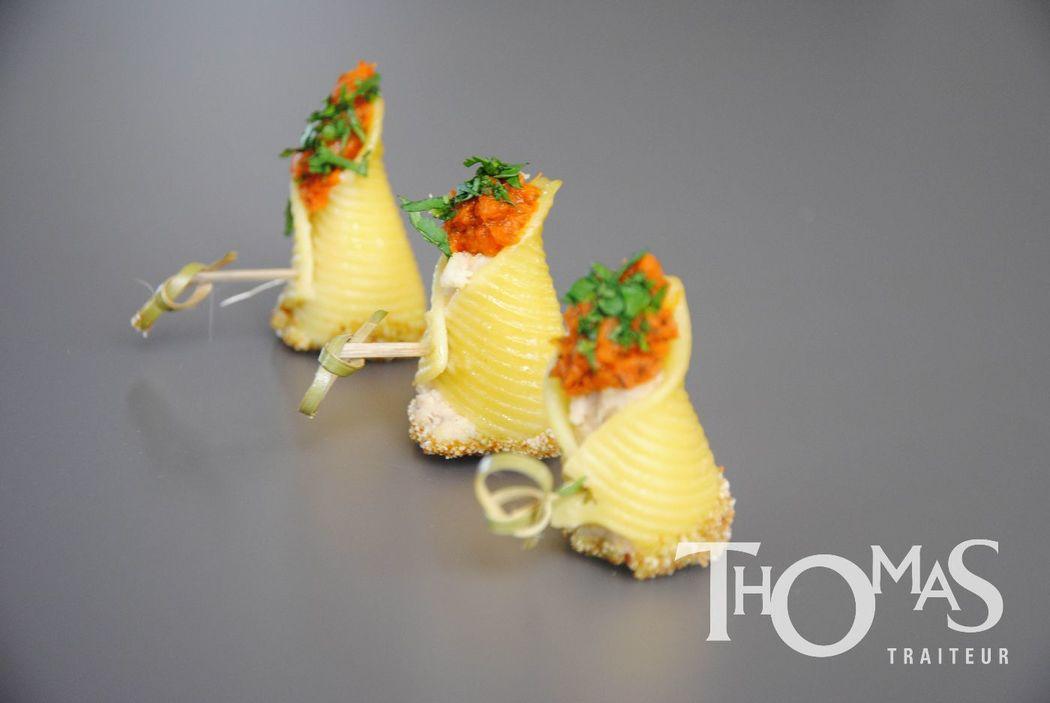 Pièce cocktail salée froide : Conchiglies à la bavaroise d'artichaut, concassée de tomate légèrement épicée