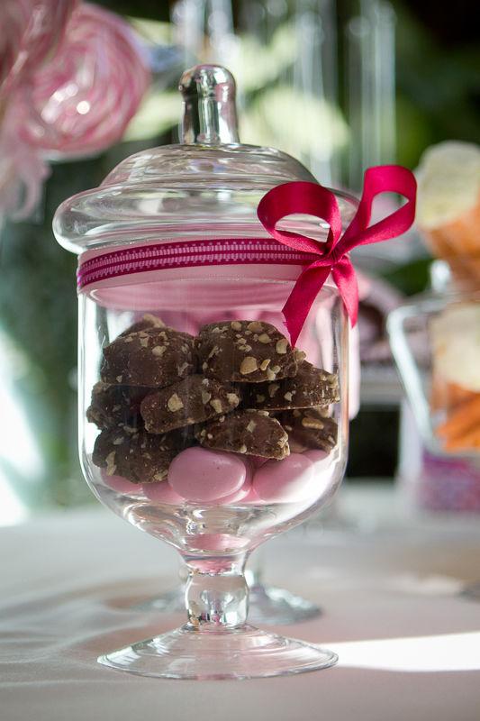 Chocolates y dulces finos para  tus mesas de  dulces!