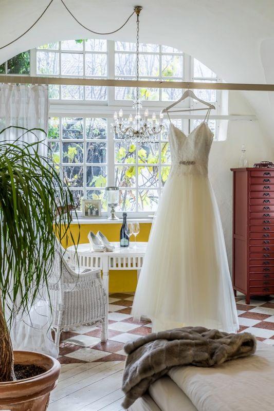 White Wedding Shop