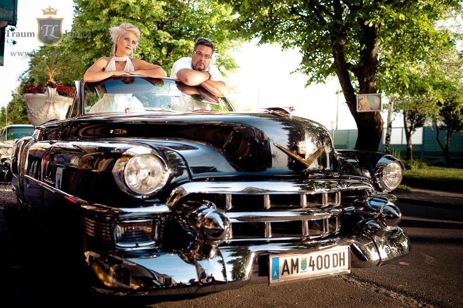 Beispiel: Ein Cadillac zur Hochzeit, Foto: Traumlimos.
