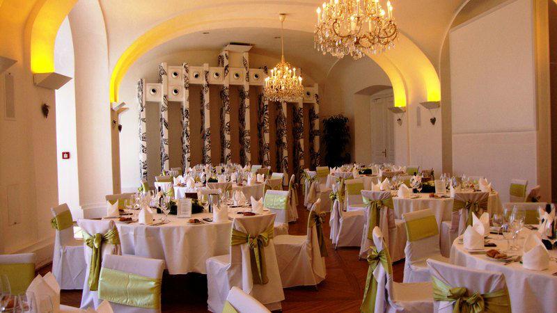 Beispiel: Hochzeit in einer Traumlocation, Foto: Schloss Schönbrunn.