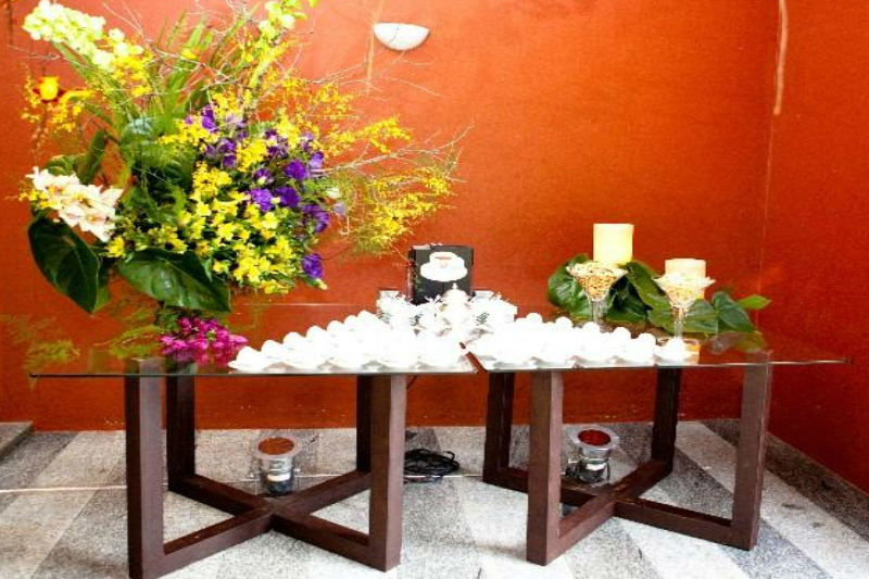 Santíssima Festa Locação de Móveis e Objetos