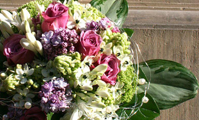 Beispiel: Brautstrauß, Foto: Blumen Dürr.