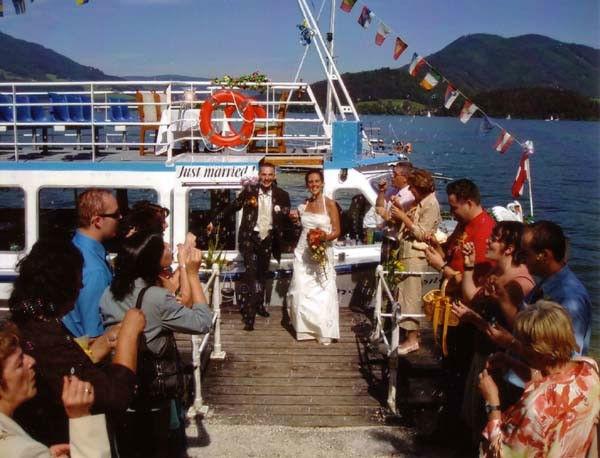 Beispiel: Empfang des Brautpaares, Foto: Mondsee Schifffahrt.