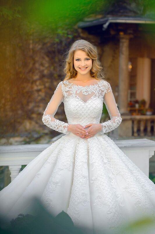 Изысканное платье для настоящей принцессы от австрийского бренда Solomia
