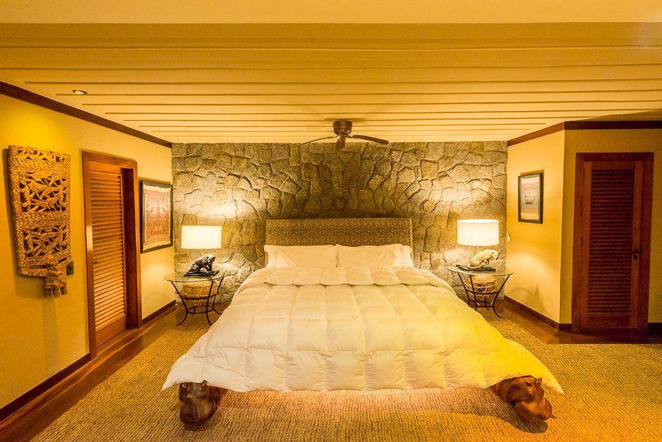 Suite nupcial Lion King com mega cama de           2.30m x 2.65 m .