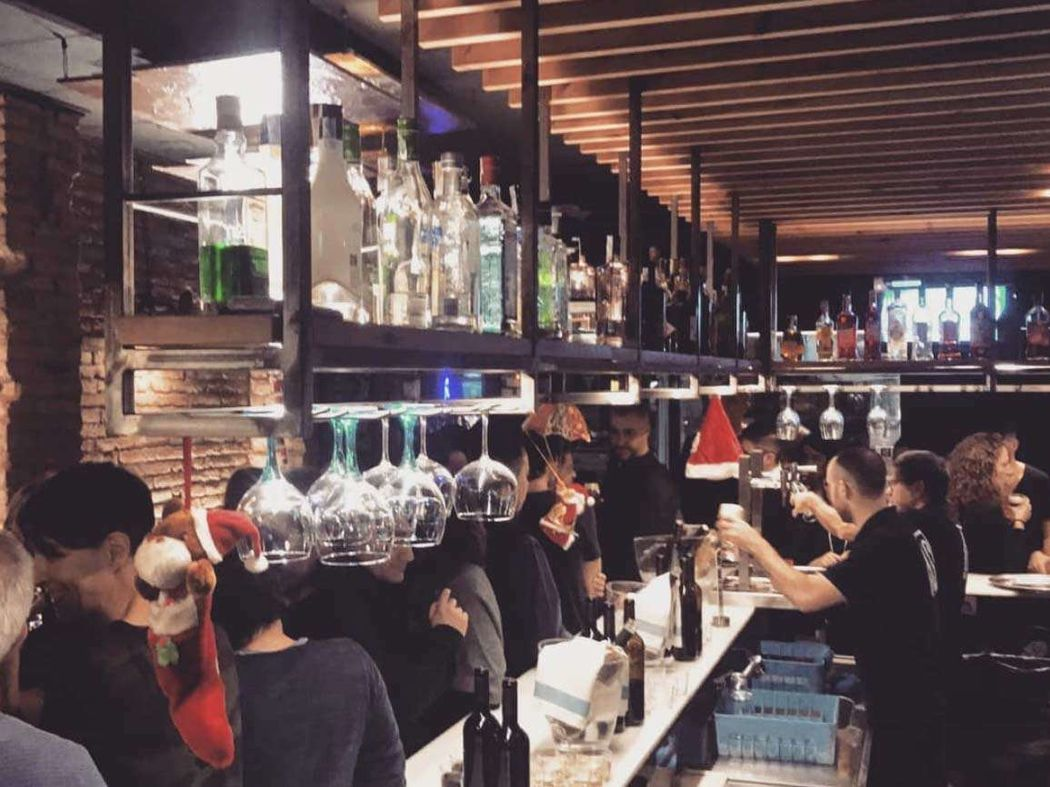 TAST Gastro Bar