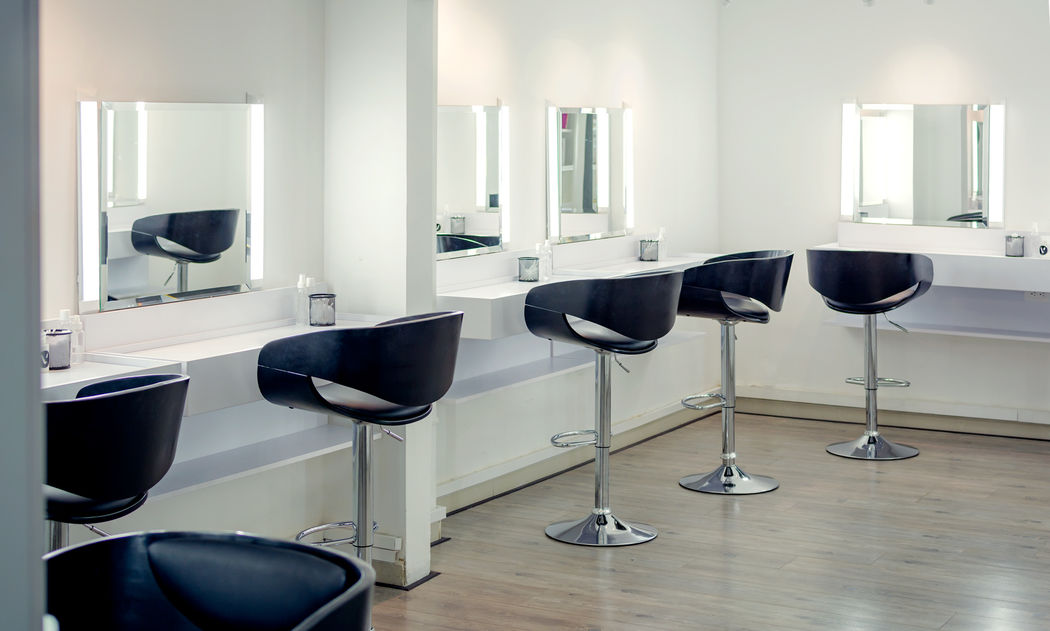 V Pro Makeup Center
