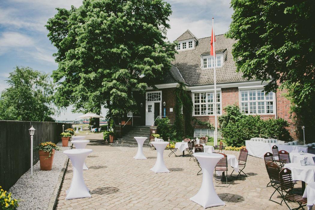 Beispiel: Außenbereich - Empfang, Foto: Villa am Jachthafen.