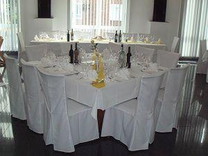 Beispiel: Hochzeitsgedeck, Foto: Hotel am Rosenplatz.