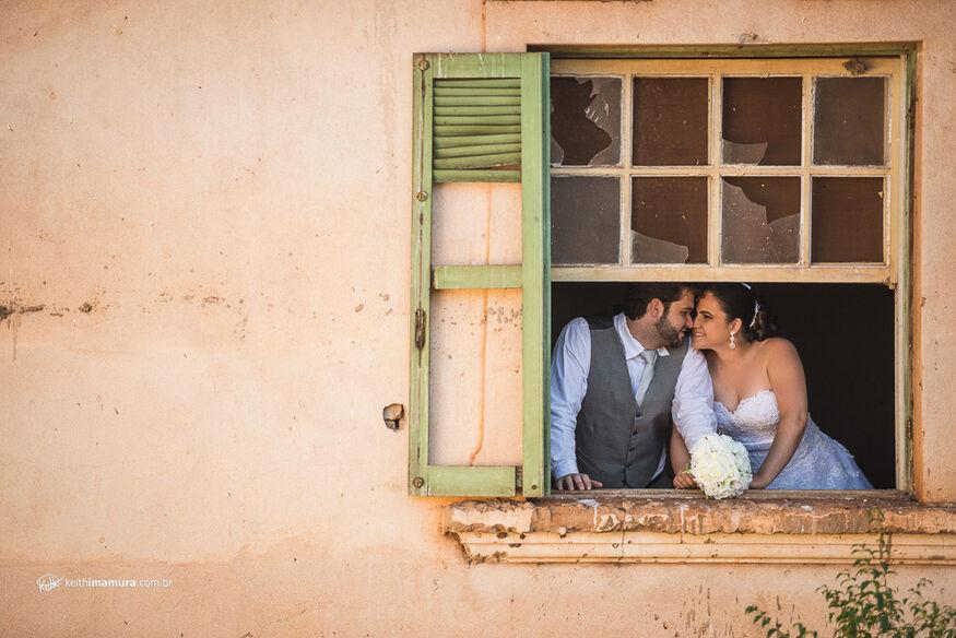 Noivos na janela