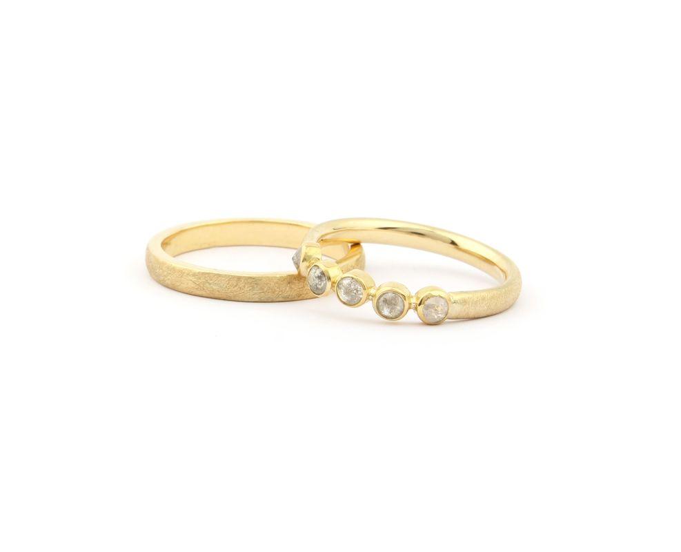 Trouwringen met ruwe diamant. Een bijzondere variant op briljant.