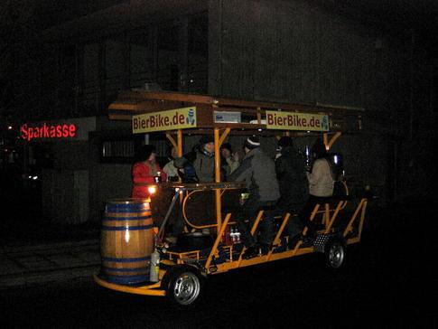 Beispiel: BierBike bei Nacht, Foto: BierBike Ulm.