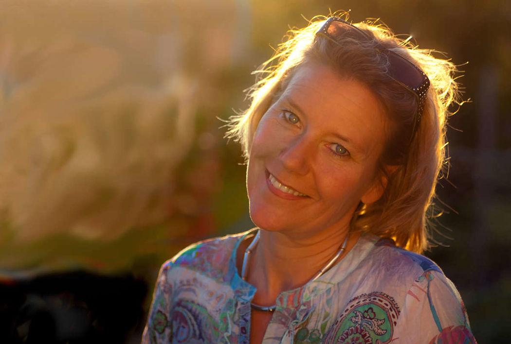 Marion Hoff - Mitten ins Herz