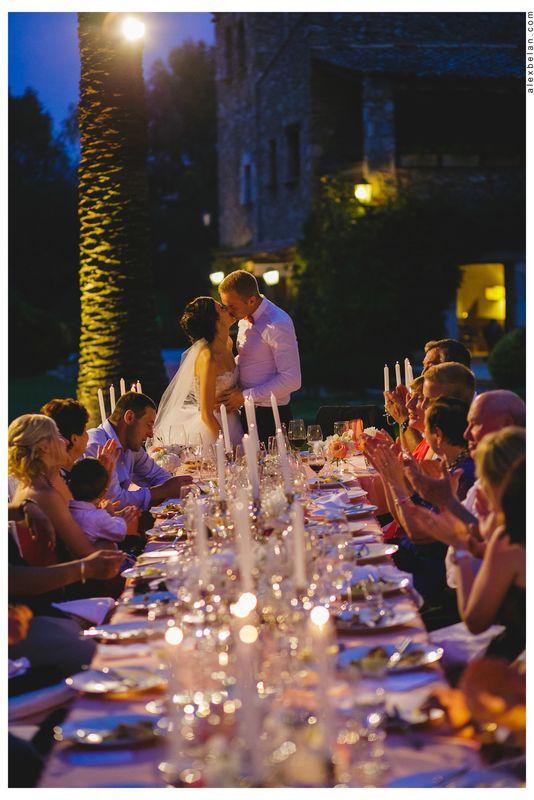 Свадьба в средневековом замке Mas Falet 1682 в Испании. Андрей и Светлана. Фотограф Алексей Белан