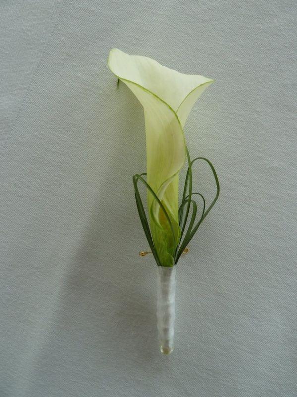Beispiel: Blumenanstecker, Foto: Toifl Blumen.