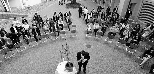 Beispiel: Hochzeitsgesellschaft, Foto: Freundschaftsbaum.